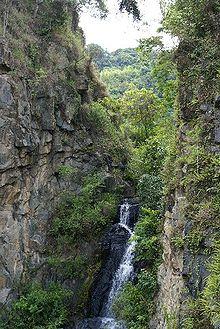 220px-curitiba_waterfall